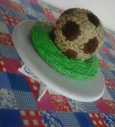 Gâteau 3d d'anniversaire ballon de foot de garçon by mwanamshe nde upiho