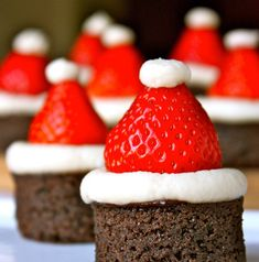 Made these in a cupcake tin instead of cutting them out of baking pan. Brownie and strawberry santa hats! Yummy Treats, Delicious Desserts, Sweet Treats, Holiday Treats, Holiday Recipes, Christmas Recipes, Holiday Appetizers, Christmas Finger Foods, Appetizer Recipes
