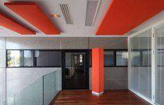 Totem 2 000 x  380 x 380 mm Offices Altae Bruges