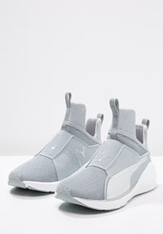 Puma FIERCE CORE - Sports shoes - quarry/white/silver - Zalando.co.uk