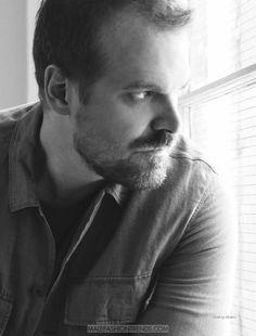 David Harbour por Nick Heavican para DAMAN Magazine