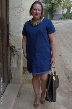 Trendy Curvy - Plus Size Fashion BlogTrendy Curvy www.loslooksdemiarmario.com Brown Lace Up Primark troqueladas Denim Dress ASOS summer 2016 talla grande Plus Size. LOOKS CASUALS CURVY. Look de verano #loslooksdemiarmario #verano #summer #lookverano #denimdress #vestidovaquero #lookvestidovaquero #asos #denim #laceup #navy #navylook  #look  #lookverano #lookcasual #lookschic #tallagrande #curvy #plussize #curve #fashion #blogger #madrid #bloggercurvy #personalshopper #curvygirl