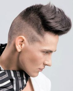 Модная мужская стрижка с длинной челкой Hair Secrets, Male Hair, Hair Stylists, Man Haircuts, Barbers, Short Hairstyles, Hairstyles