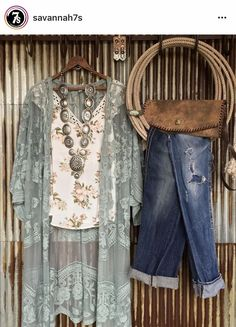 Haute On The Ranch: An Ode to Spring [Style]! – Savannah Sevens Western Chic Source by wildragboutique Fashion outfits Look Fashion, Spring Fashion, Fashion Outfits, Womens Fashion, 80s Fashion, Fashion 2017, Modest Fashion, Fashion Brands, Fashion Online