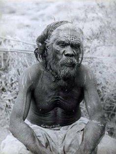 Aboriginal man from the north west of Western Australia, ca. Aboriginal Man, Aboriginal Culture, Aboriginal People, Tribes Of The World, People Of The World, Australian Aboriginal History, Australian Aboriginals, Australian People, Native Australians