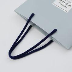 バイカラーの切り返しが印象的な紙袋(イエロー版) | オリジナル紙袋、ショッパー、手提げ袋なら【ベリービーバッグ】
