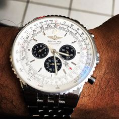 REPOST!!!  #Panda#Swissmade#Monday#Funday#watchporn#edition#Luxury#Breitling#Chronograph @wristwatchme @official_ramod @swiss.wis @Breitling @Rolex  Photo Credit: Instagram ID @swiss.wis