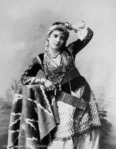 Une jeune femme d'Algérie, 1884