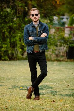 Discover this look wearing Denim American Eagle Jackets - November 2013 by stayclassic styled for Classic, Everyday in the Fall Mode Masculine, Cool Outfits, Casual Outfits, Men Casual, Mode Man, Denim Jacket Men, Uniqlo, Autumn Fashion, Oxford