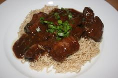 Crockpot Mongolian (venison) beef - make at least once a month. If you love this, make a bunch of sauce packets ahead and store them in your freezer to make quickly. Also great with round roast (beef or venison). Slow Cooker Mongolian Beef Recipe, Mongolian Beef Recipes, Crock Pot Slow Cooker, Crock Pot Cooking, Slow Cooker Recipes, Cooking Recipes, Crockpot Meals, Crockpot Dishes, Cooking Turkey