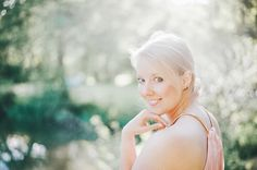 Fine Art Summer Portrait by Miriam Peuser Photography (based in Germany, available worldwide)