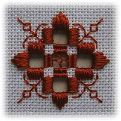 Risultato immagine per Free Hardanger Patterns Christmas Types Of Embroidery, Learn Embroidery, Hand Embroidery Stitches, Embroidery Techniques, Cross Stitch Embroidery, Embroidery Patterns, Cross Stitch Patterns, Doily Patterns, Loom Patterns