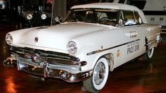 #1863521, Images for Desktop: 1953 ford crestline sunliner convertible pic