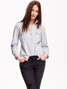 Chambray button down with grey jeans. YES.