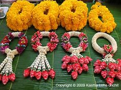 thai flower market | Thai Flower Garlands: Beautifully hand-crafted flower garlands at a ...