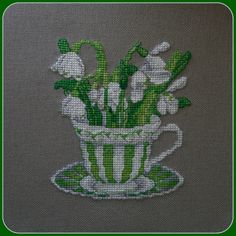 Teacup flowers, fabulous attention to detail.