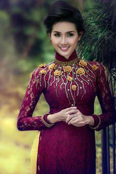 Phan Thị Mơ diện áo dài ren đính họa tiết quyến rũ hình ảnh 12