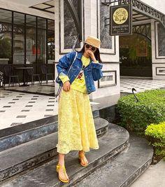 Korea Street Style, Lace Skirt, Midi Skirt, Skirts, Fashion, Moda, Midi Skirts, Fashion Styles, Skirt