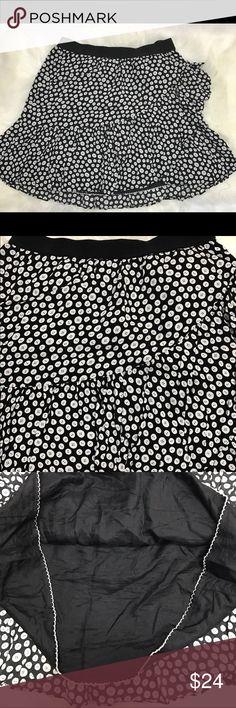 Maeve Anthropologie Buttons Print Mini Skirt Maeve Anthropologie black and white with side ruffles mini skirts size medium. Maeve Anthropologie Skirts Mini