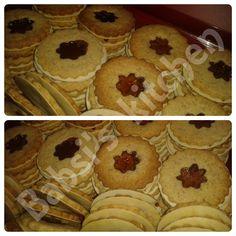 MINI - LINZER - TÖRTCHEN Rezept: http://babsiskitchen-foodblog.blogspot.de/2015/12/mini-linzer-tortchen.html