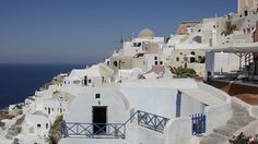 Stunning 63 Beautifully Refreshing Perspective On Santorini Greece Architecture https://architecturemagz.com/63-beautifully-refreshing-perspective-on-santorini-greece-architecture/