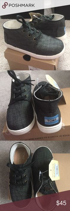 Toms Paseo Mid Black Chambray Perfect for a girl or boy. TOMS Shoes Sneakers