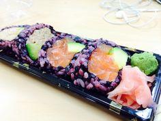 tuna and salmon sushi with purple rice