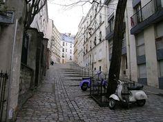Rue du Chevalier de la Barre - Paris (France)   Flickr - Photo Sharing!
