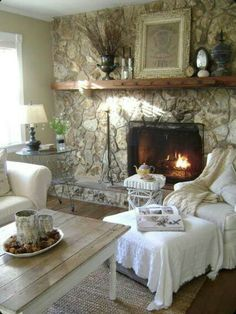 Love this Shabby Country Living Room!!!