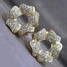 Vintage 14K Two Tone 3.20TCW Champagne Diamond Flower Earrings