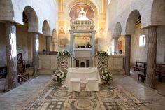 Altare dell'Abbazia di Sant'Andrea in Flumine (Ponzano Romano) by Laura Acciarri Flower Designer