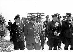 Krancke (left) with General Walther Buhle and Field Marshal Erwin Rommel Erwin Rommel, German Police, Normandy Invasion, Field Marshal, Female Marines, Heavy Cruiser, Afrika Korps, Felder, Germany