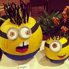 Minions! perfect Halloween pumpkins!