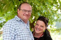 Best of Bio-Verkoster Christoph Weigl (Ökoring) und Daniela Senn vom Best of Bio-Team #bobwine15 #bestofbio #biohotels Bad Gastein, Hotels, Couple Photos, Couples, Couple Shots, Couple Photography, Couple, Couple Pictures