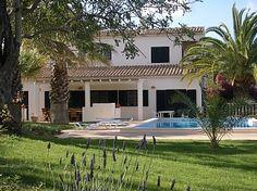 £1200 Casa Raposeira