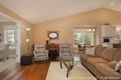 You will absolutely love this beautifully finished condo offering all the luxuries you are looking for including: cathedral ceilings, hardwood floors, granite counters throughout, fireplace, large 4 season room, 2 stall garage, main floor master suite with private bath, main floor laundry, ½ bath and additional main floor bedroom and more. The walkout lower level features a 3rd bedroom 2nd full bath , large family room, and plenty of storage. Enjoy all Avalon …Follow link for more…