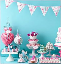 Great candy table! Love the contrast of fuchsia and teal.