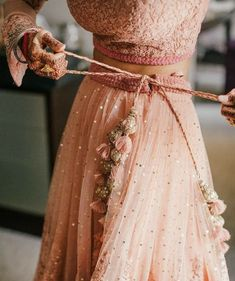 Just look at the details on this traditional Indian wedding dress. - Just look at the details on this traditional Indian wedding dress. High fashion and beautifully made. Source by gveventvenues - Indian Wedding Outfits, Indian Outfits, Wedding Dresses, Lace Wedding, Wedding Skirt, Prom Dresses, Pretty Dresses, Beautiful Dresses, Elegant Dresses