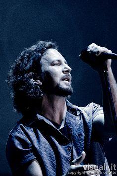 Pearl Jam 2010   Flickr - Photo Sharing!