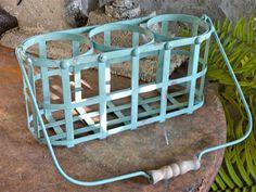 Turquiose Metal Bottle Carrier
