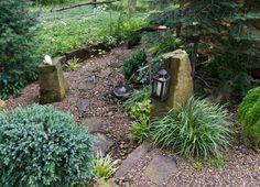 http://www.miriamsriverhousedesigns.com/gardens/the-japanese-tea-house-garden/