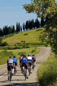 Tuscany Luxury Bike Tour | Florence, Italy | 6 days, 5 nights | Trips Available: May/Jun/Aug/Sep/Oct