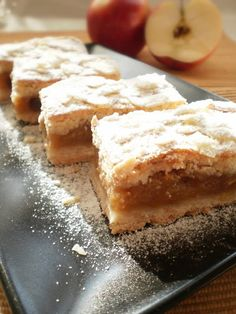 Romanian Desserts, Romanian Food, Romanian Recipes, Sweets Recipes, Cake Recipes, Cooking Recipes, Cooked Apples, Dessert Bars, Coco
