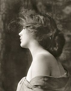 Evelyn Nesbit, the girl on the swing