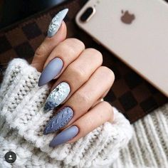 Are you looking for a way to make your nails stand out? Then you can't miss the nail designs. nail art becomes increasingly popular and looks fabulous. Generally speaking, nail designs can apply to your nails, including fingernails, thumbn 3d Nail Designs, Winter Nail Designs, Winter Nail Art, Colorful Nail Designs, Winter Nails, Nails Design, Snowflake Nail Design, Snowflake Nails, Christmas Nail Art Designs