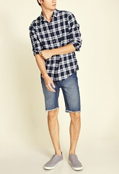 Uncuffed shorts with a button-down on top. Super casual but cute. Short Outfits, New Outfits, Cool Outfits, Summer Outfits, Casual Outfits, Lumberjack Outfit, Lumberjack Clothing, Casual Wear, Men Casual