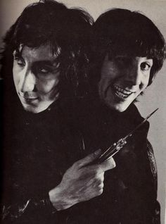 Pete Townshend & Keith Moon, The Who Keith Moon, Roger Daltrey, Pop Rock, Rock N Roll, I Love Music, My Music, Music Stuff, John Entwistle, Pete Townshend