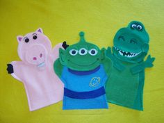 Toy Story Rex, Hamm and Alien Felt Hand Puppets, Disney Crafts Felt Puppets, Hand Puppets, Finger Puppets, Vbs Crafts, Cute Crafts, Felt Crafts, Toy Story Theme, Toy Story Party, Fabric Gifts