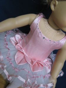 "Information on making the Golden Hours American Girl 18"" Doll ballerina tutu. Inspiration."