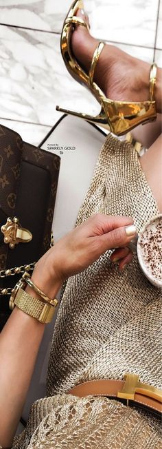 Pin by victoria on luxury lifestyle luxury lifestyle, luxury, luxury fash. Luxury Lifestyle Fashion, Luxury Fashion, Womens Fashion, Shades Of Gold, Millionaire Lifestyle, Beige, Luxury Living, Classy, Glamour
